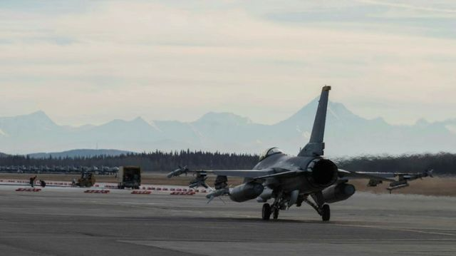 US Air Force F-16 Fighting Falcon Northrop Grumman