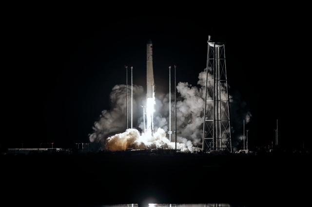Night view of the Antares Rocket lifting off from Wallops Island Flight Facility in Virginia