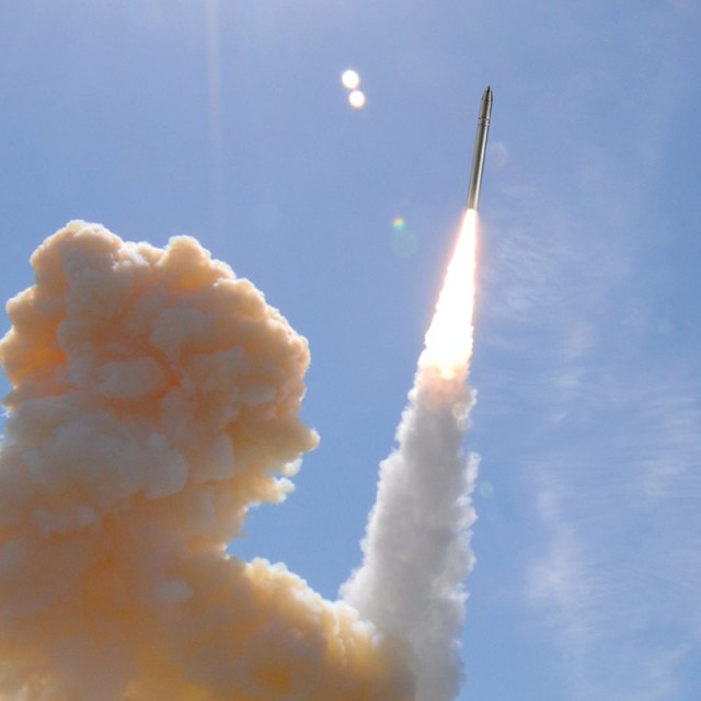 missile launch into blue sky