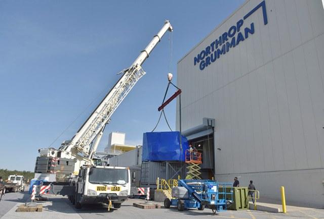 crane unloading Navy system